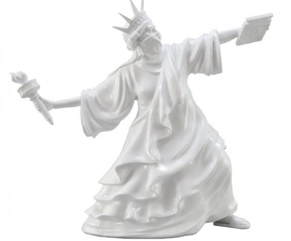 VÌ SAO NGHỆ THUẬT ĐIÊU KHẮC ĐƯỢC NHIỀU NGƯỜI SAY MÊ?