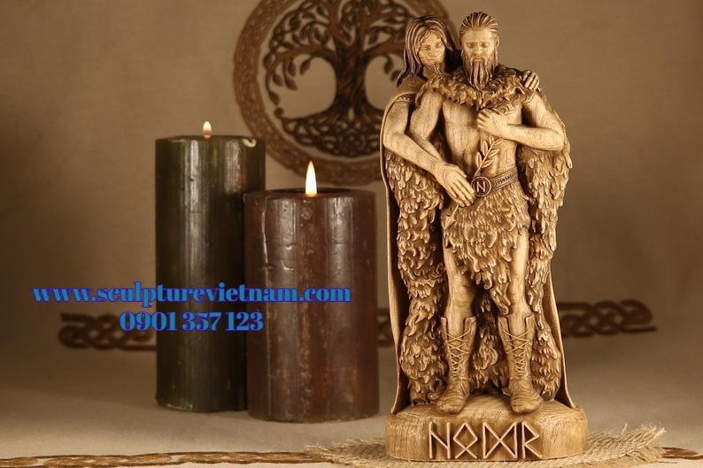 Điêu khắc gỗ nghệ thuật