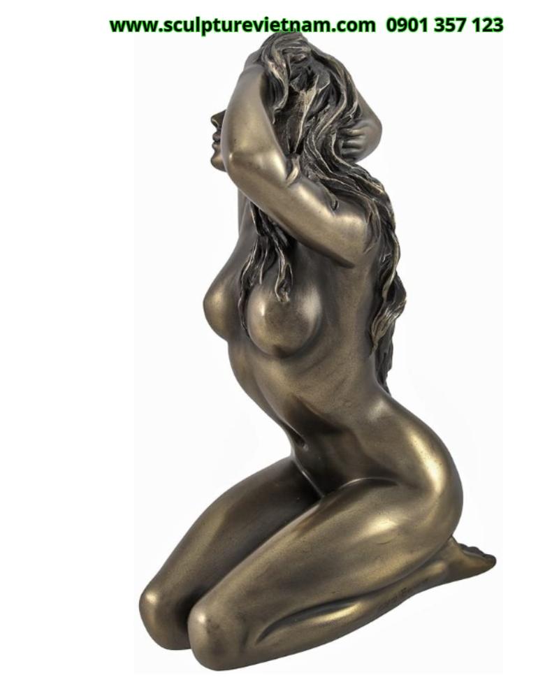 công ty chuyên nhận điêu khắc tượng nhựa