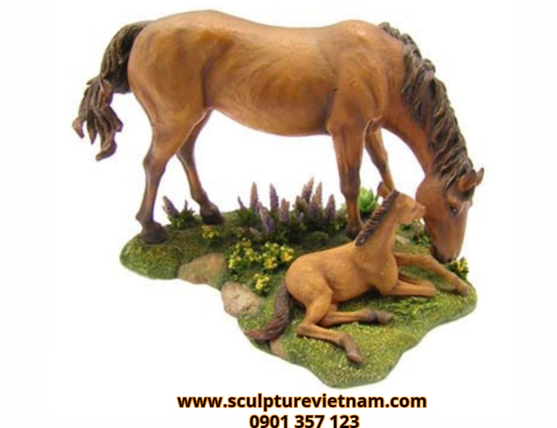 nghệ thuật điêu khắc tượng nhựa